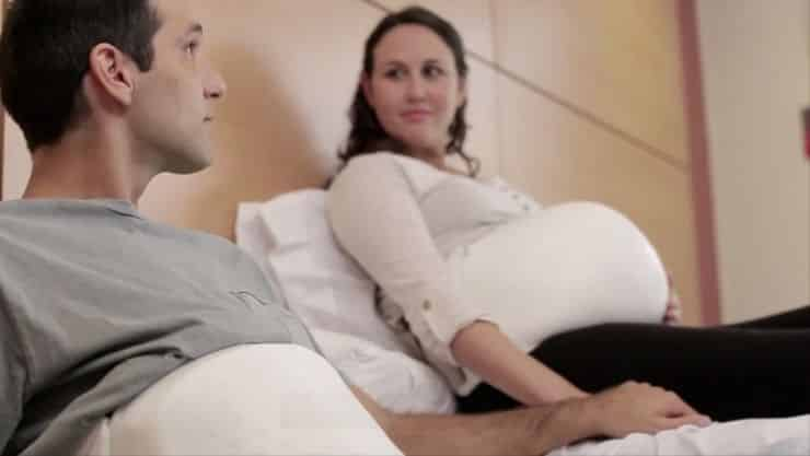 Huggies Pregnancy Belt Lets Fathers Experience the Joy of Kicking 6