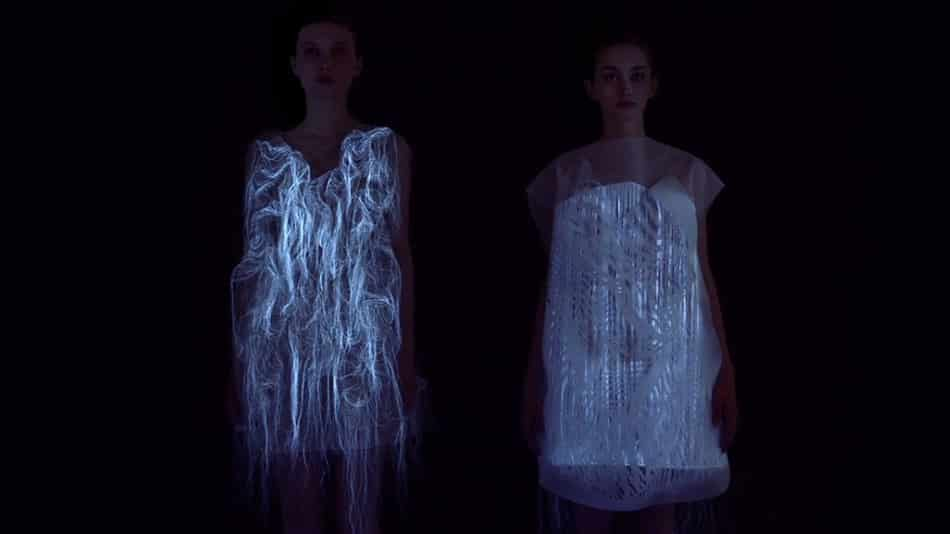 Dress That Shape Shifts When People Stare 6
