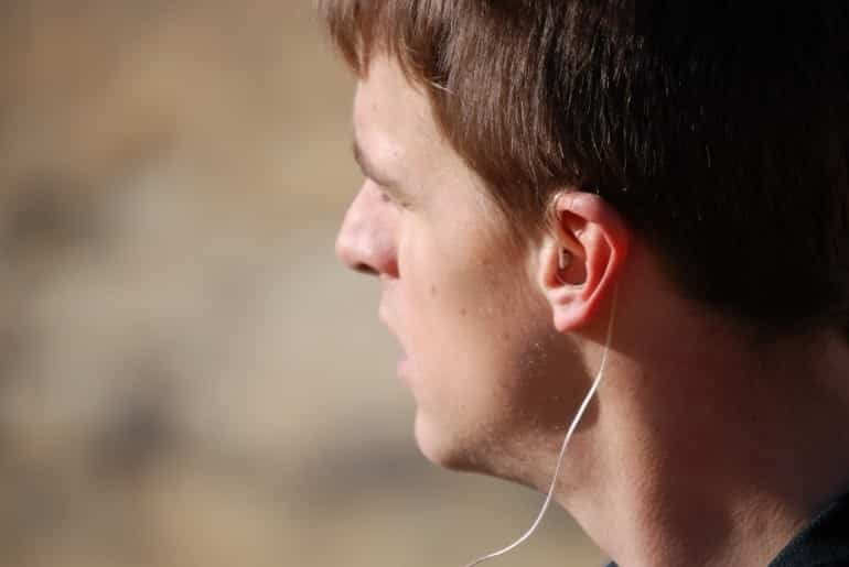 Groundbreaking earHero Earbuds Make Listening to Music Outside Safer 10