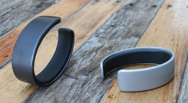 AIRO Wristband Measures Exercise, Sleep and Even Food Intake 10
