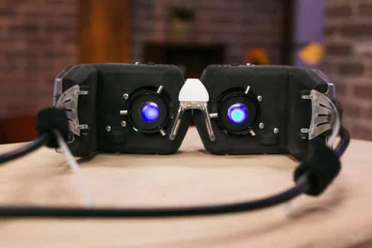 Avegant's Virtual Retina Display is a 3D Powerhouse 10