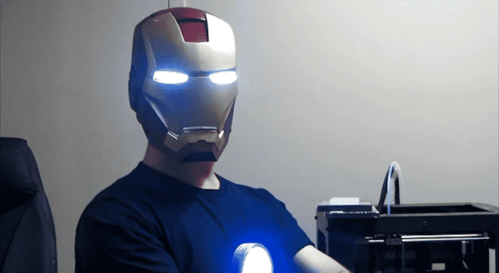Here's a 3D-Printed Iron Man Helmet That is Gesture Controlled 8