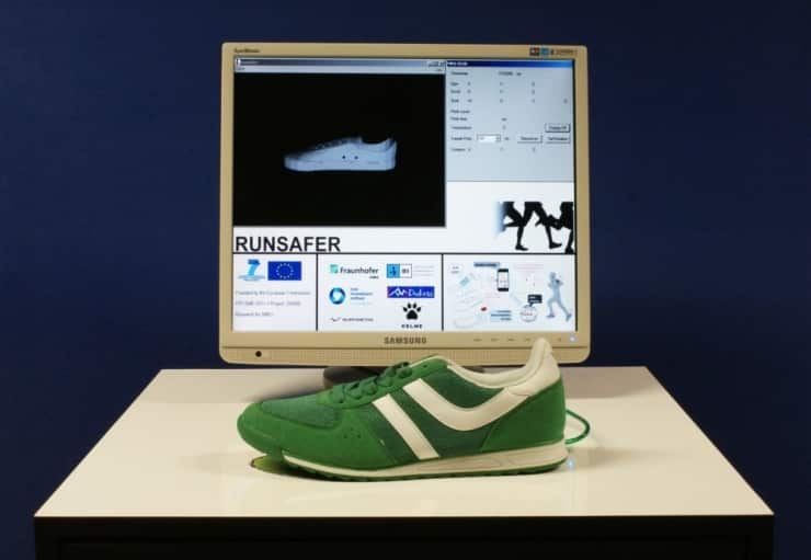 These Snazzy Sneakers Can Tell How You Run 7