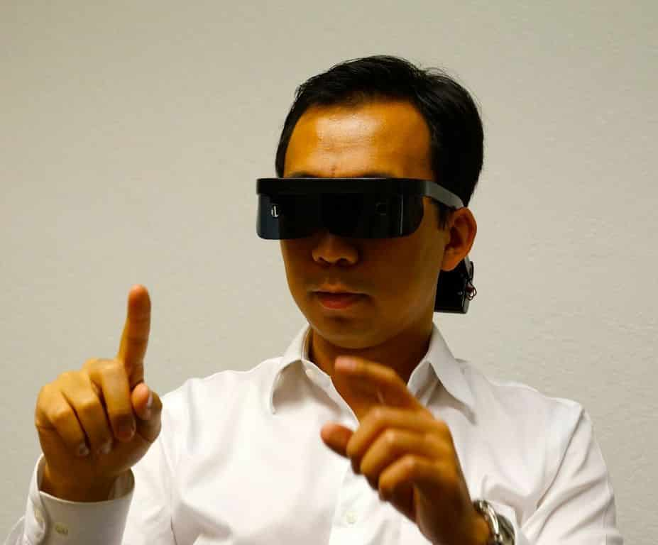 Atheer Labs New Goggles Yet Another Rival to Glass 7