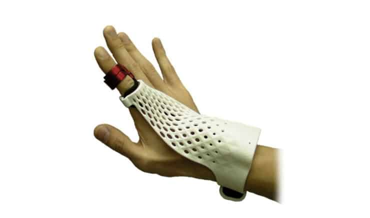 Fujitsu's Gesture Controlled Glove is a Throwback to the 1980s 6