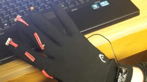 The Mouse Glove is a, well, Glove That Doubles as a Mouse 7