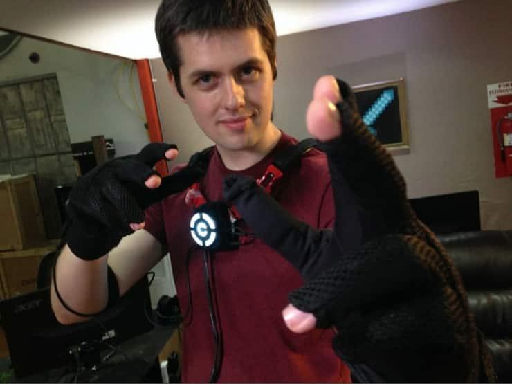 These VR Gloves Add Gesture Controls to the Mix 10