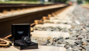 Hoptroff HotBlack Smartwatch Will Keep Your Workouts Classy 14