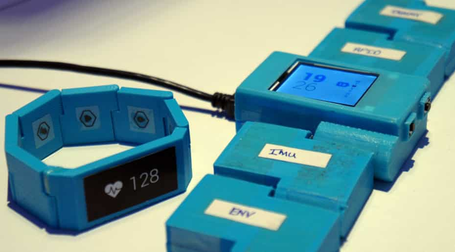 Blocks is a Nifty Modular Smartwatch Concept Design 8