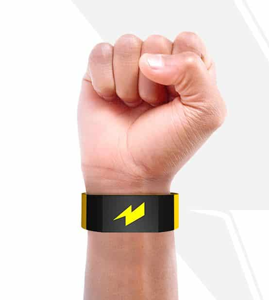 Pavlok Armband Gives You a Shock When You Do Something Bad 2