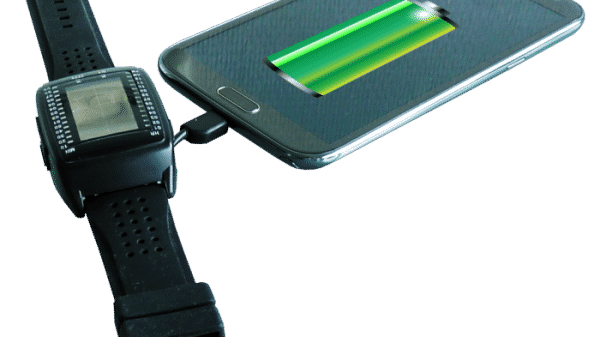 Powerbank Watch Uses Solar Power to Charge Your Gadgets 1