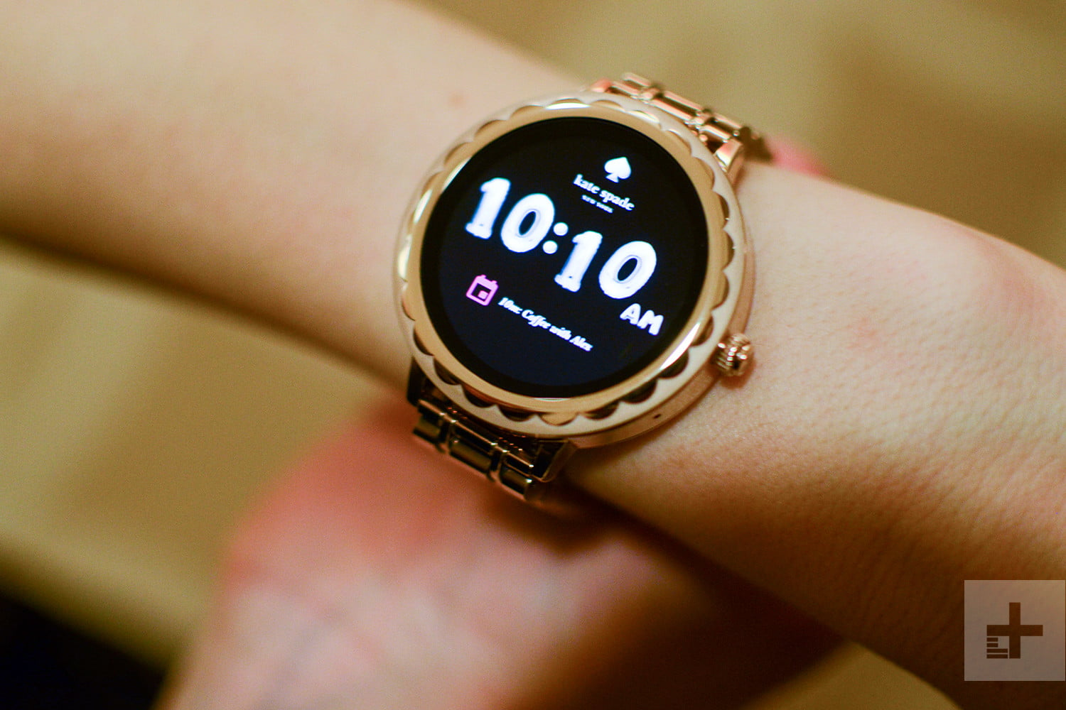 Find the Best, Most Stylish Smartwatch for Her This ...