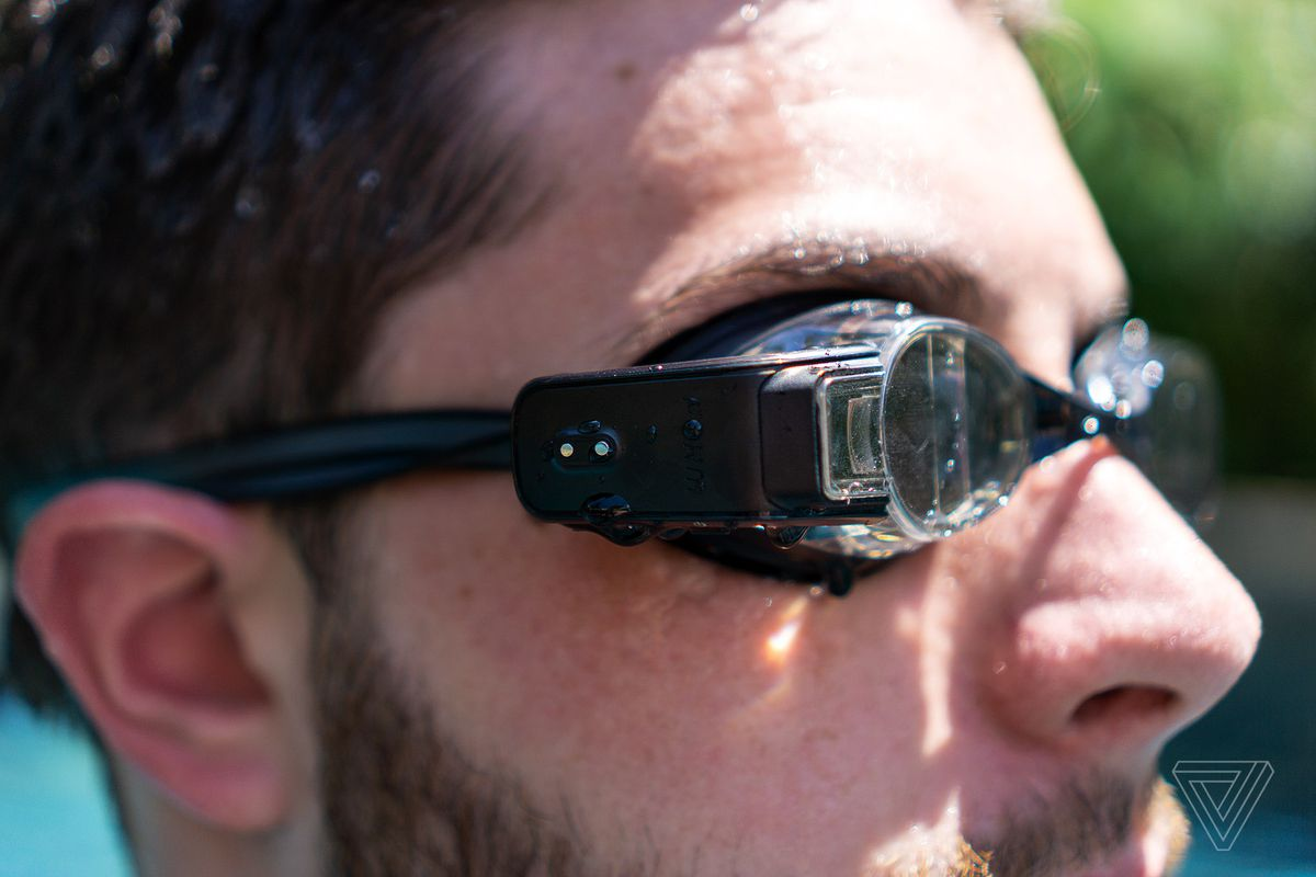 Form Swim Goggles review: aquatic AR - The Verge