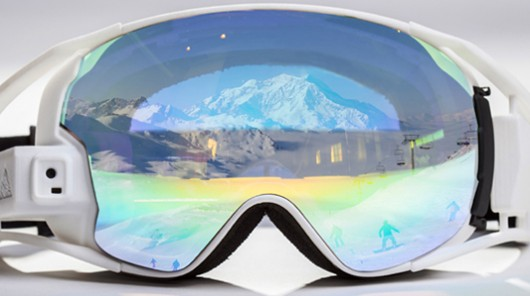 RideOn ski goggles read your eye gestures