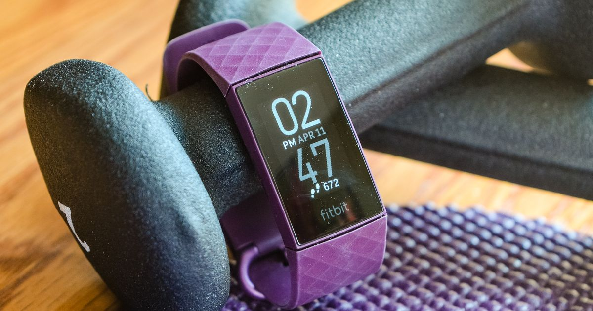 Fitbit Charge 4 evaluation: One step better to the perfect ...