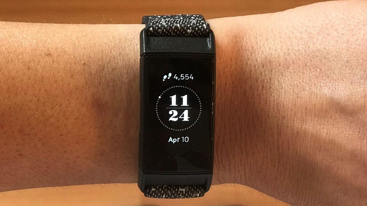 Fitbit Charge 4 - Review 2020 - PCMag India