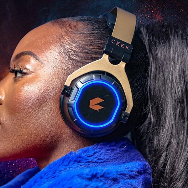 CEEK VR 360 Headphones 3