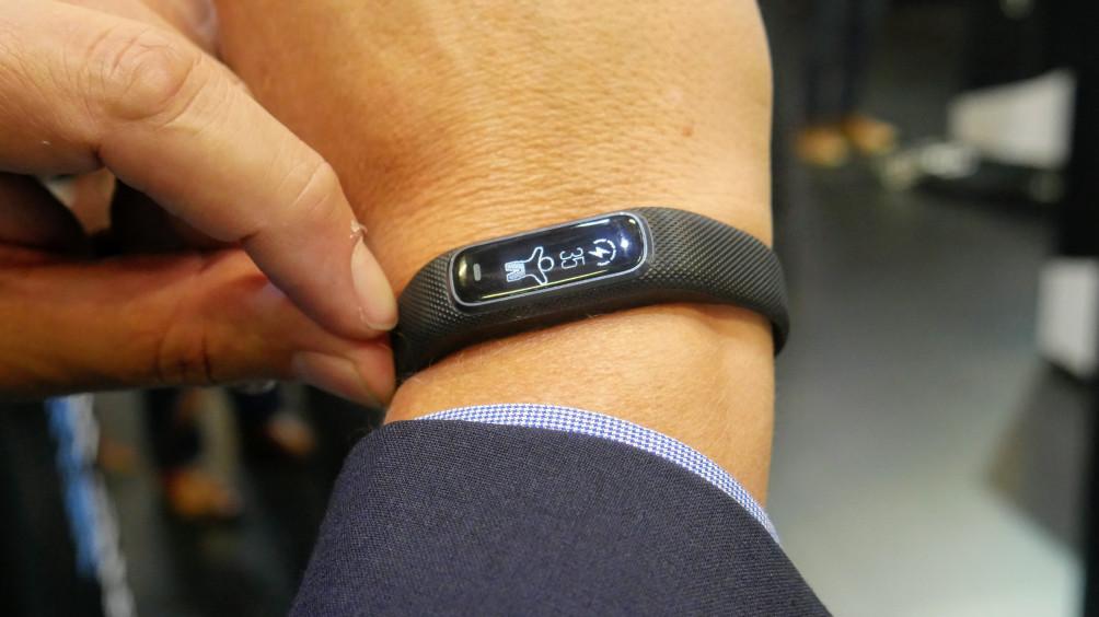 Garmin Vivosmart 4 Tracks Your Blood Oxygen, 'Body Battery'