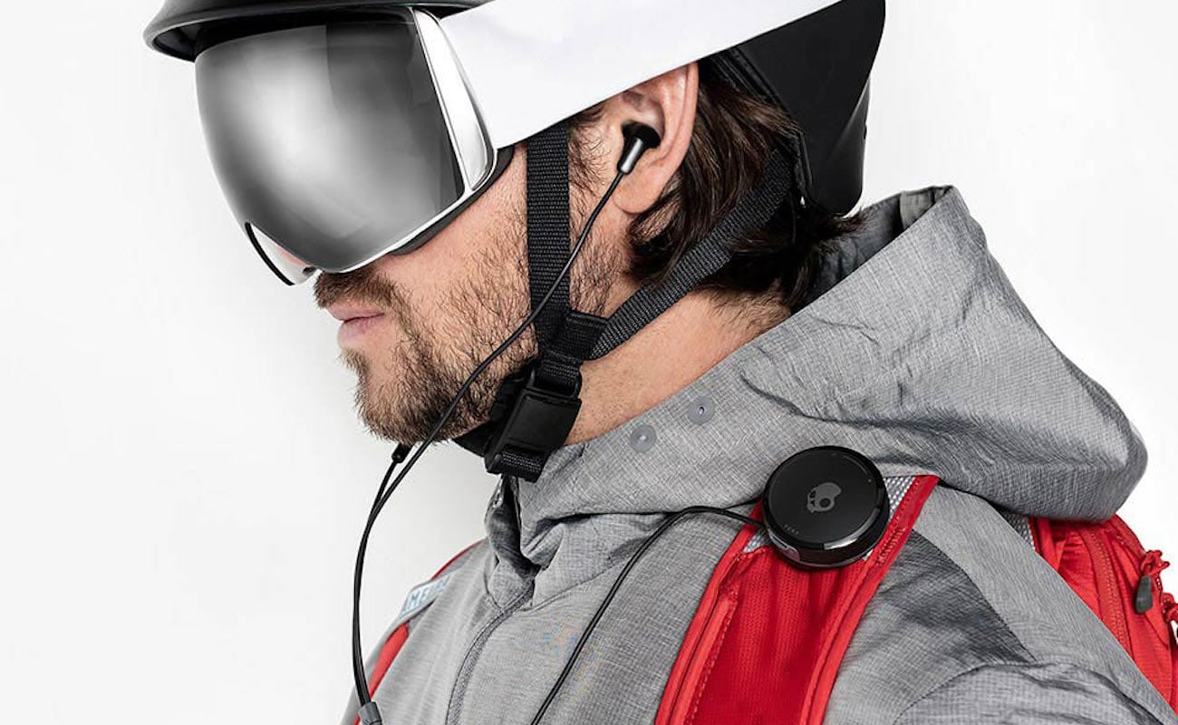 These Clip-Anywhere Wireless Earbuds Work at -20º F