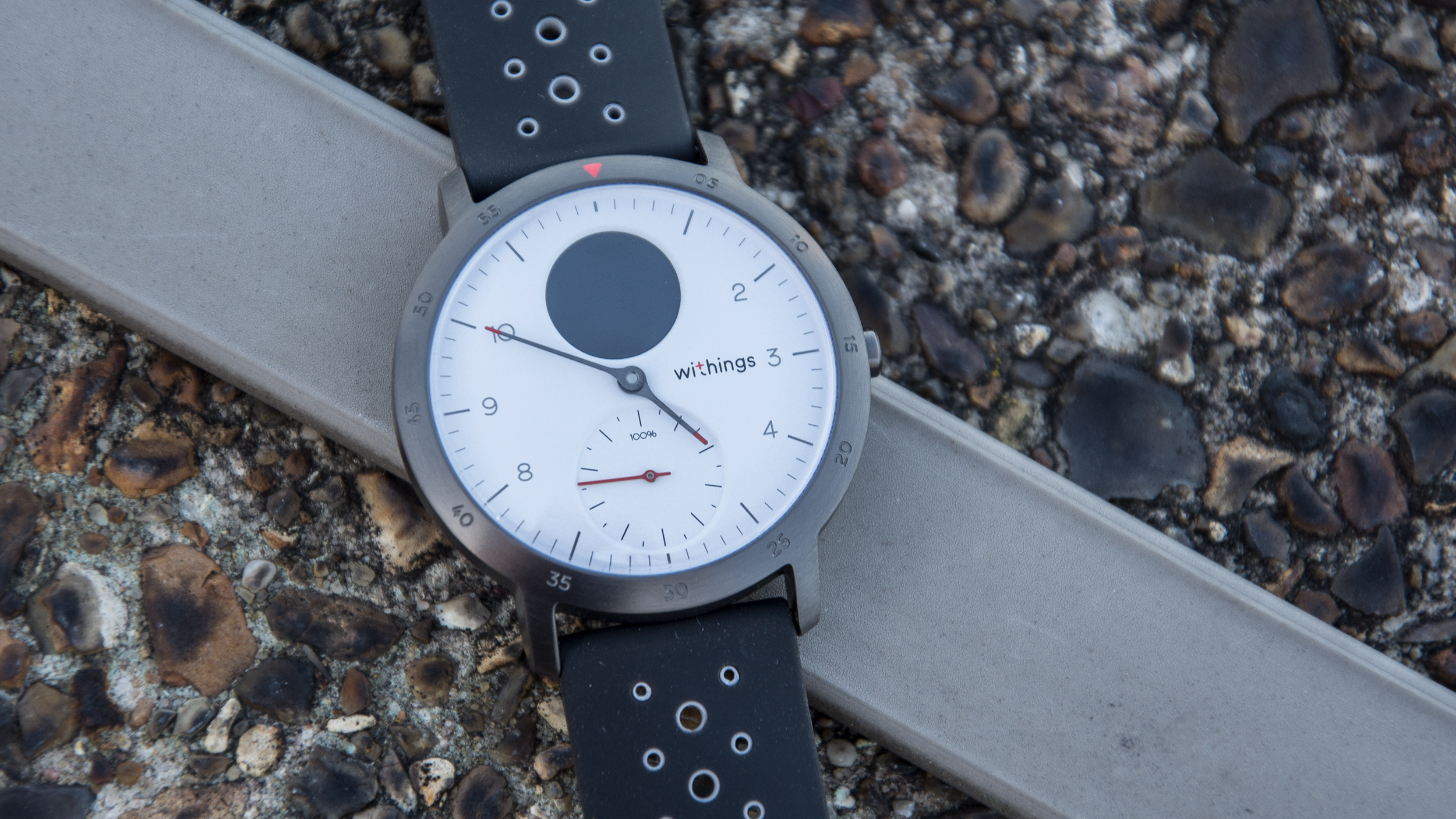 Withings Steel HR Sport review: A classic design gets ...