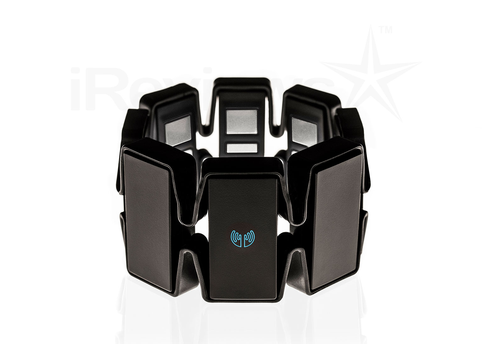 Myo Armband Review | iReviews