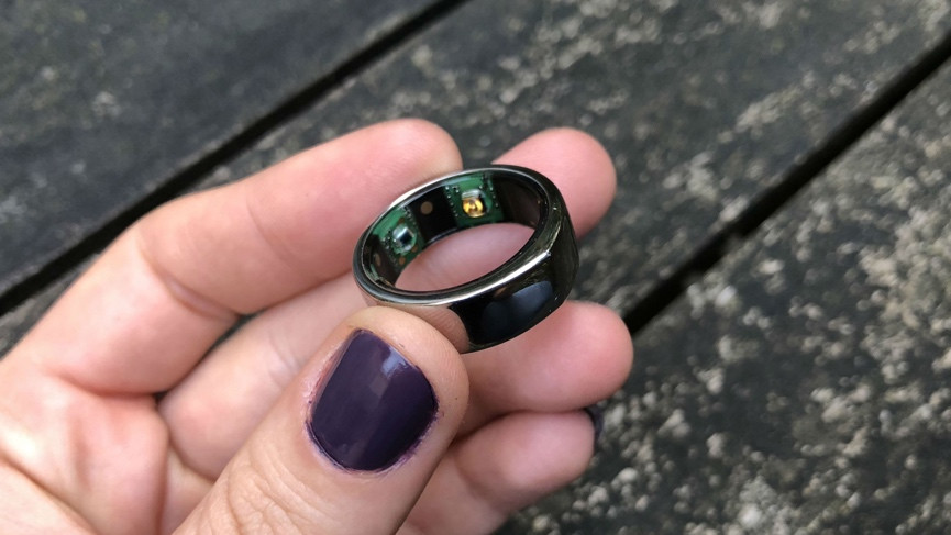 Oura Ring review : This second gen wellbeing coach lives ...