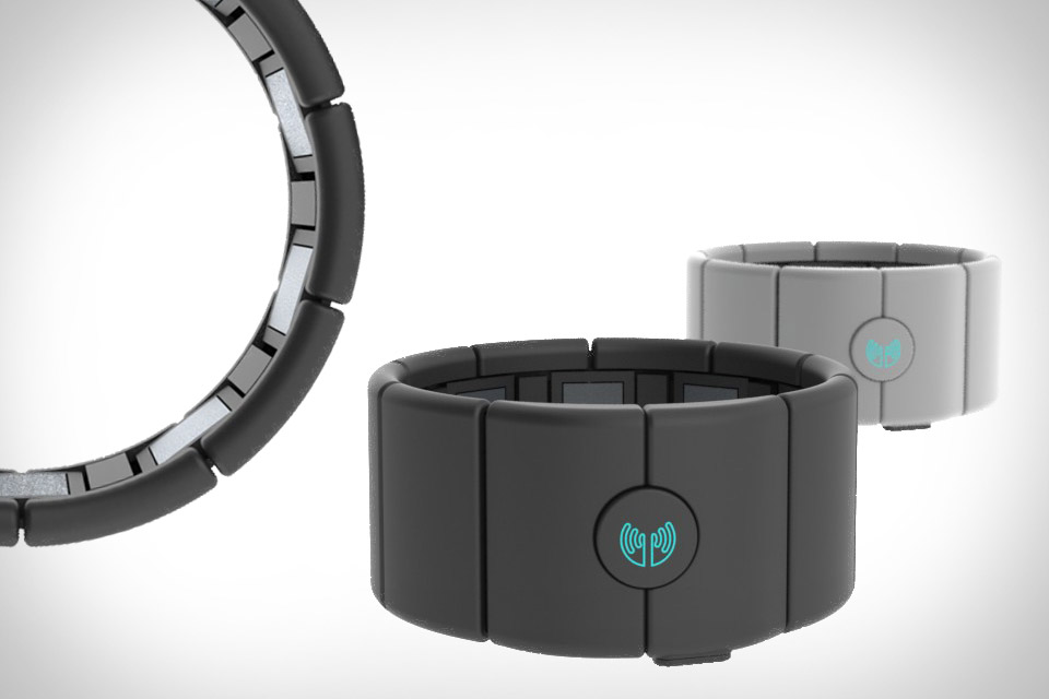 Pando: Thalmic Labs launches its anticipated MYO developer ...