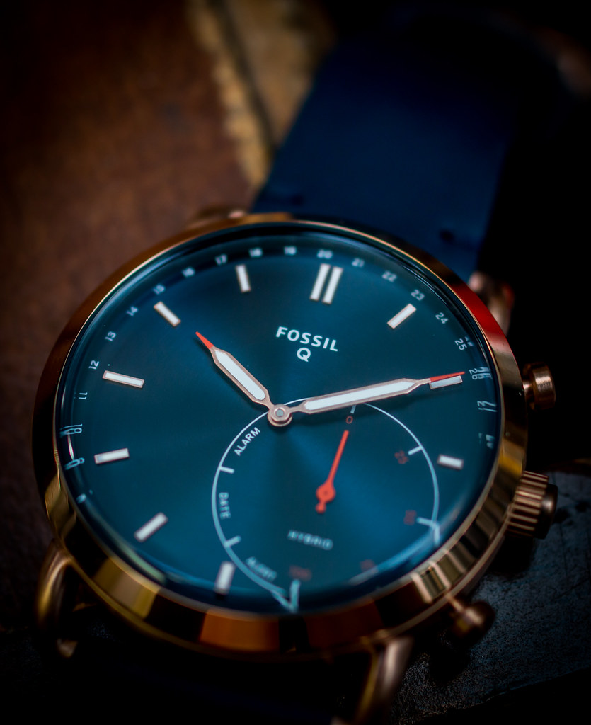 The One about the Fossil Q Commuter Hybrid Smartwatch ...