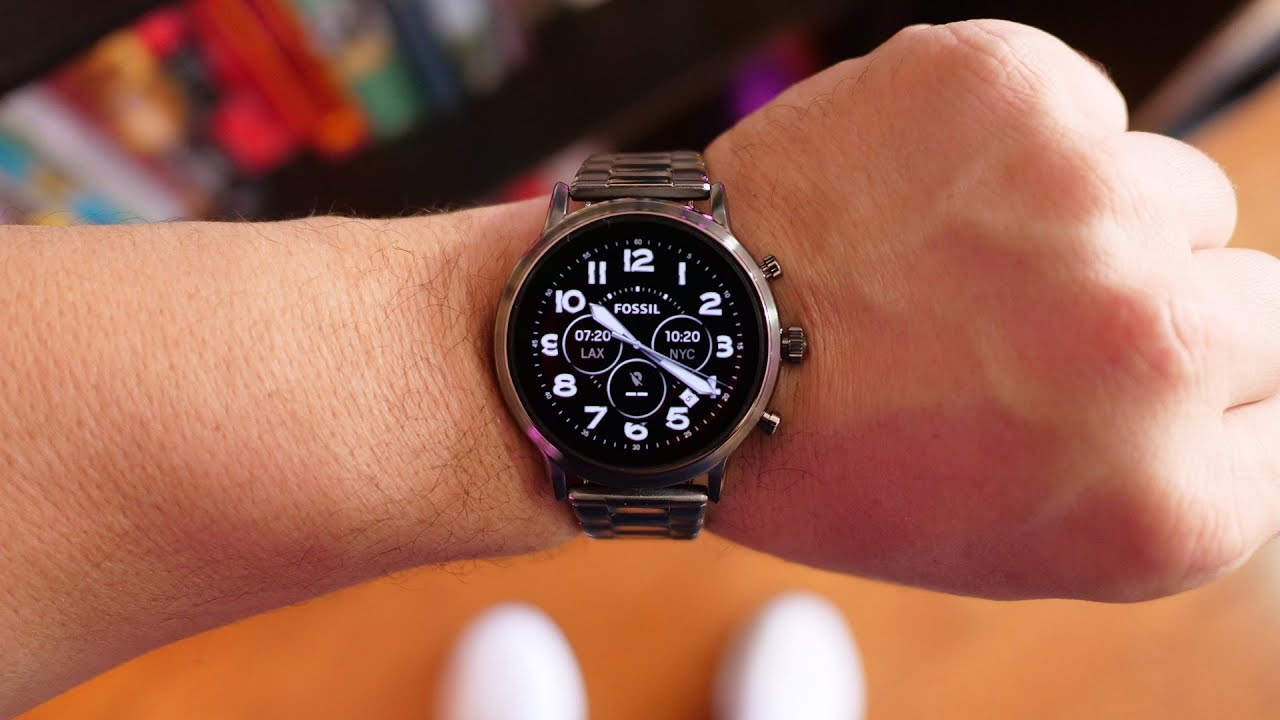 Fossil Gen 5 Carlyle HR first look: wearOS is getting ...