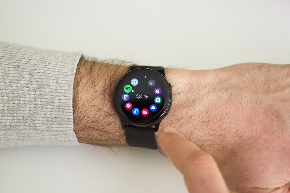 Latest Samsung Galaxy Watch Active 2 report tips neat new ...