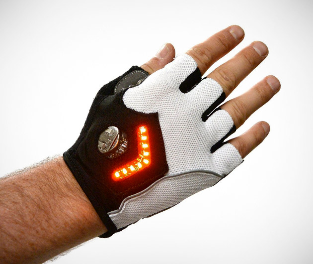 Zackees LED Turn Signal Gloves | GearCulture