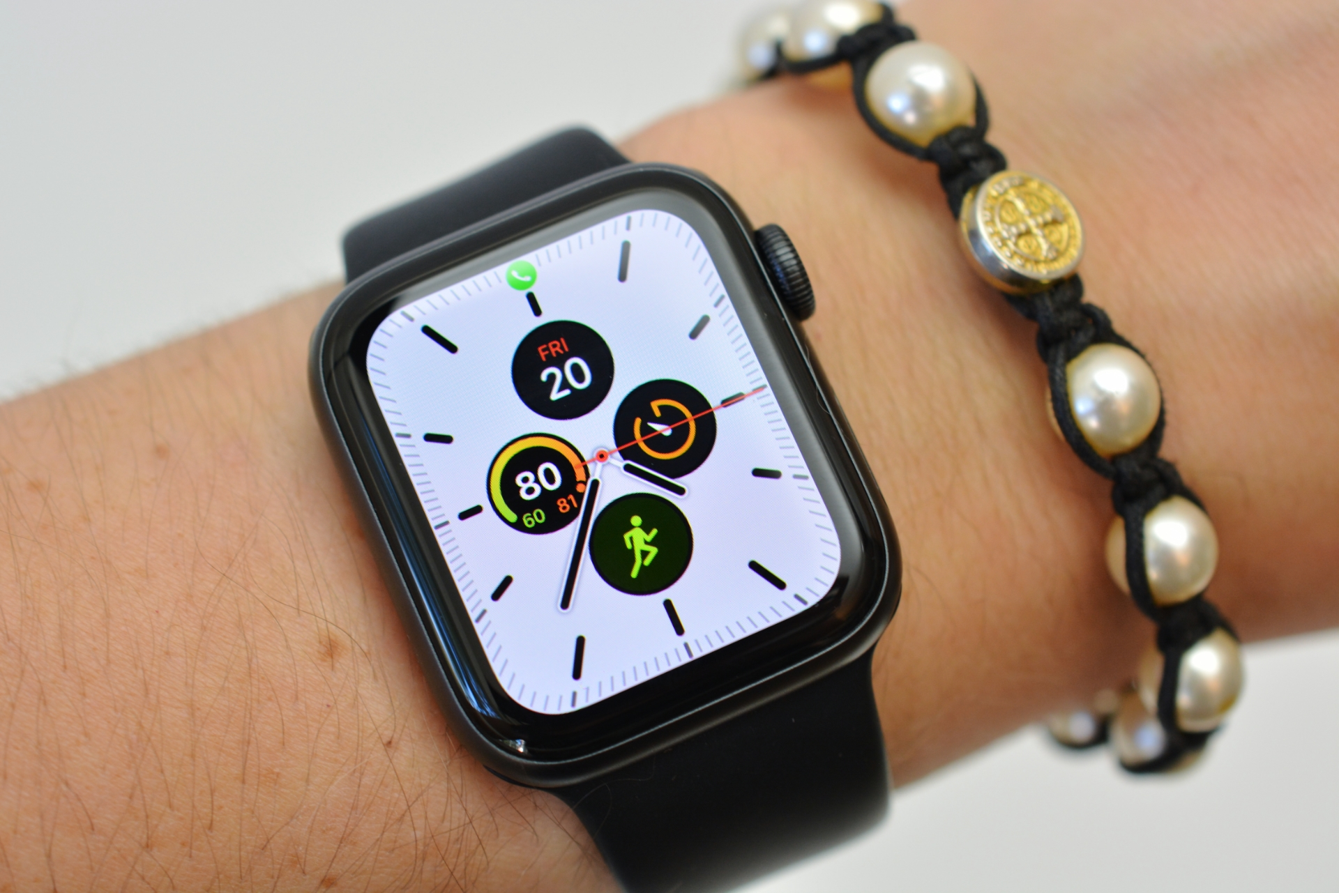 Apple Watch Series 5 review: A better, more independent ...