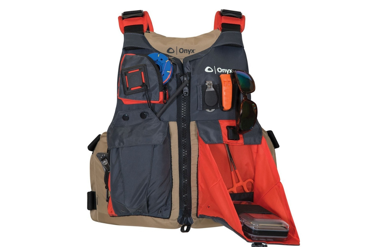 Best Kayak Fishing Life Vest : Full Review and Buying ...