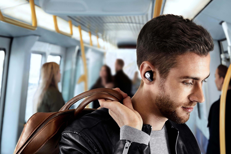 Jabra Elite 65t review: Alexa in earbuds is missing key ...
