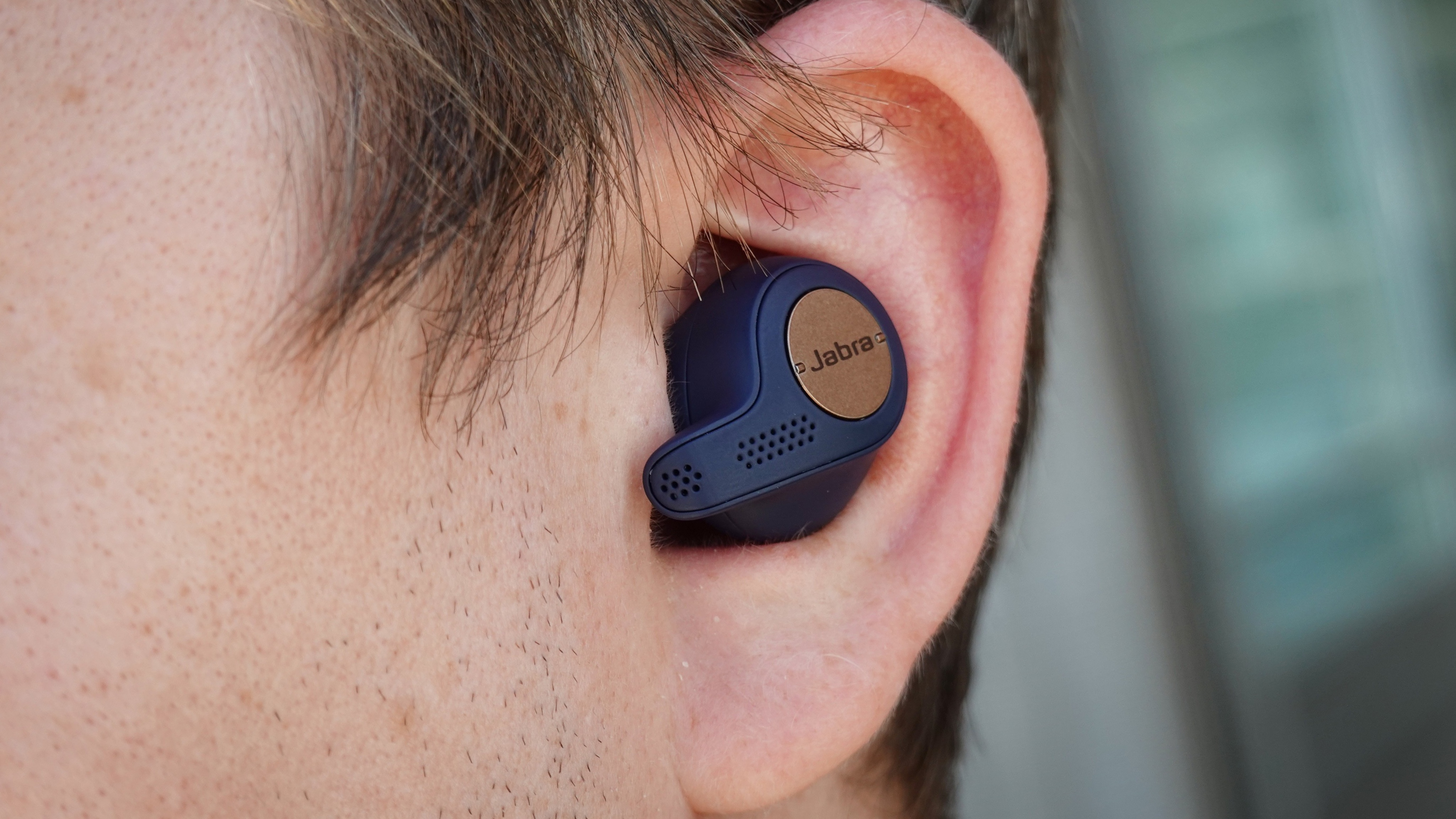 Sony WF-SP700 and Jabra Elite 65t Active : Which is the ...