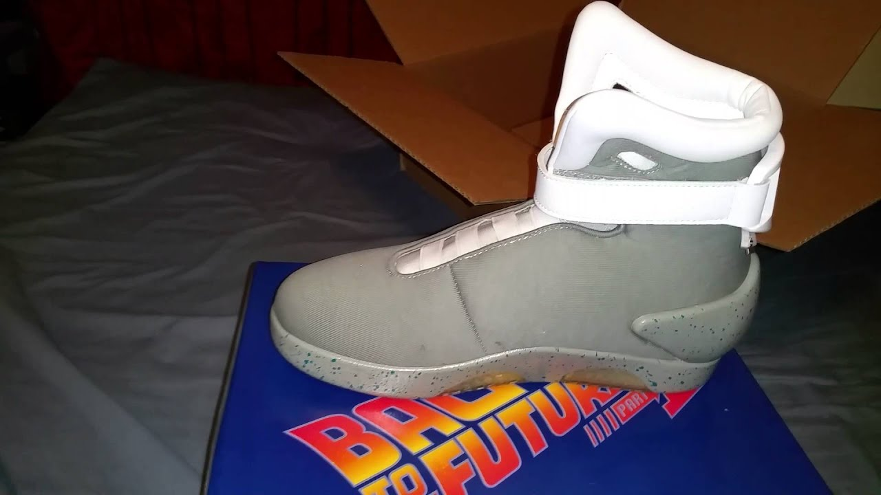 back to the future 2 light up shoe - YouTube