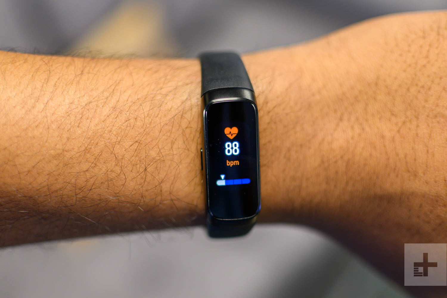 Samsung Galaxy Fit Review: A $99 Fitness Tracker | Digital ...
