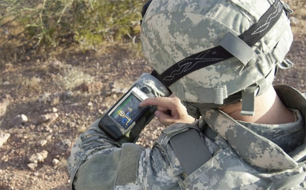 General Dynamics Itronix GD300 is the all-in-one gadget of your militaristic dreams 1