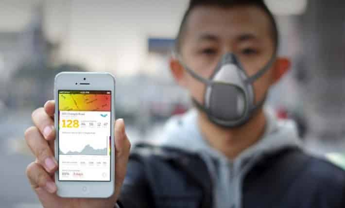 AirWave gas mask maps your city's pollution levels in real time 5