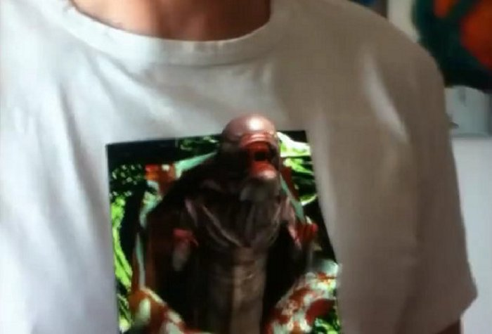 DIY augmented reality shirt will make an actual alien pop out of your chest 7