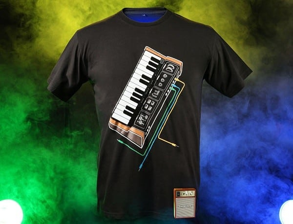 ThinkGeek Synthesizer shirt is fashionable and fully playable 5